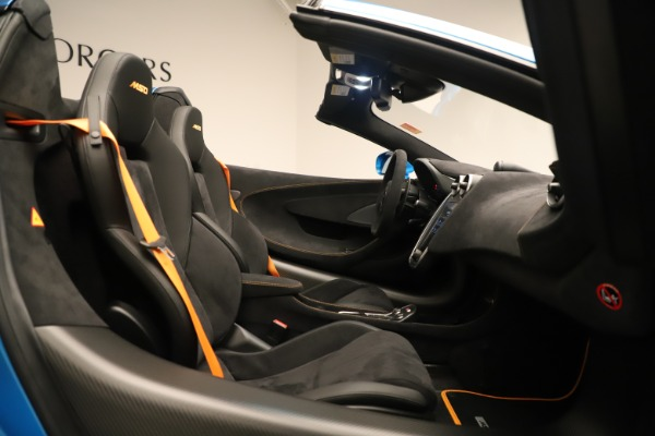 New 2020 McLaren 600LT SPIDER Convertible for sale $303,059 at Bentley Greenwich in Greenwich CT 06830 25