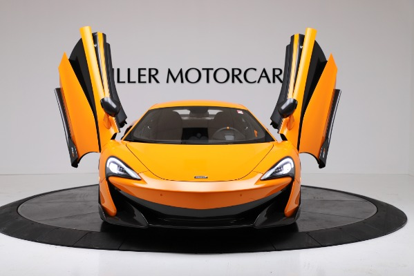 New 2019 McLaren 600LT Coupe for sale Call for price at Bentley Greenwich in Greenwich CT 06830 13