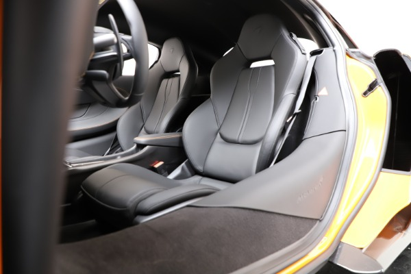 New 2019 McLaren 600LT Coupe for sale Call for price at Bentley Greenwich in Greenwich CT 06830 17