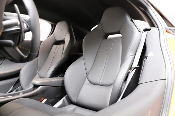 New 2019 McLaren 600LT for sale $279,310 at Bentley Greenwich in Greenwich CT 06830 14