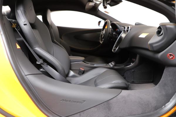 New 2019 McLaren 600LT for sale $279,310 at Bentley Greenwich in Greenwich CT 06830 18