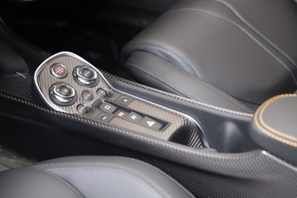 New 2019 McLaren 600LT Coupe for sale Call for price at Bentley Greenwich in Greenwich CT 06830 20