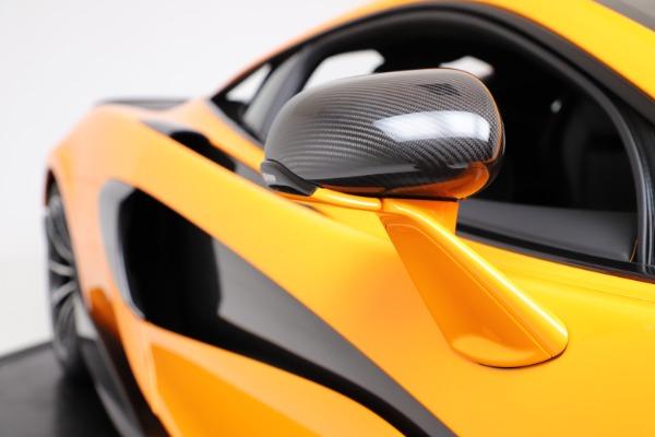 New 2019 McLaren 600LT for sale $279,310 at Bentley Greenwich in Greenwich CT 06830 22