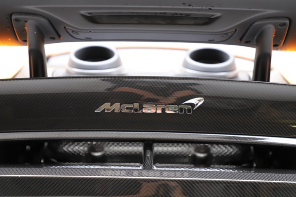 New 2019 McLaren 600LT Coupe for sale Call for price at Bentley Greenwich in Greenwich CT 06830 24