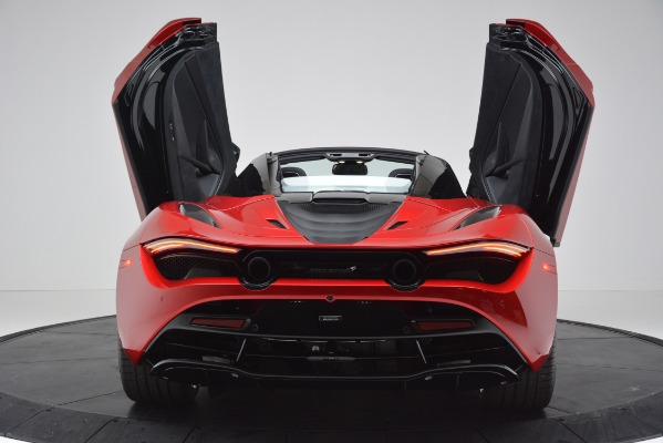New 2020 McLaren 720S SPIDER Convertible for sale $383,640 at Bentley Greenwich in Greenwich CT 06830 21