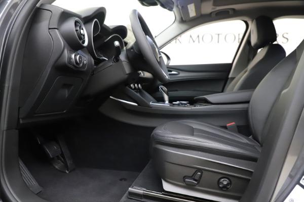 New 2019 Alfa Romeo Stelvio Ti Q4 for sale Sold at Bentley Greenwich in Greenwich CT 06830 14