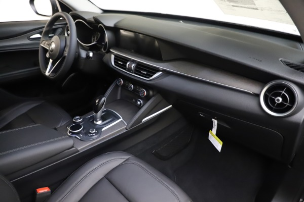 New 2019 Alfa Romeo Stelvio Ti Q4 for sale Sold at Bentley Greenwich in Greenwich CT 06830 22