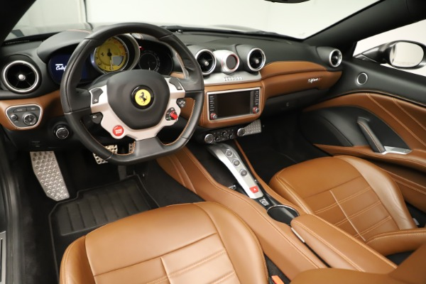 Used 2015 Ferrari California T for sale $139,900 at Bentley Greenwich in Greenwich CT 06830 20