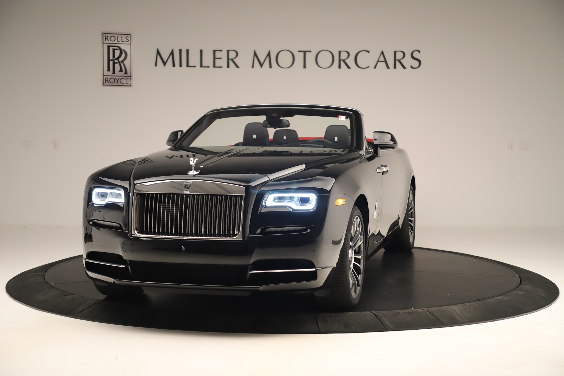 Used 2019 Rolls-Royce Dawn for sale Sold at Bentley Greenwich in Greenwich CT 06830 1