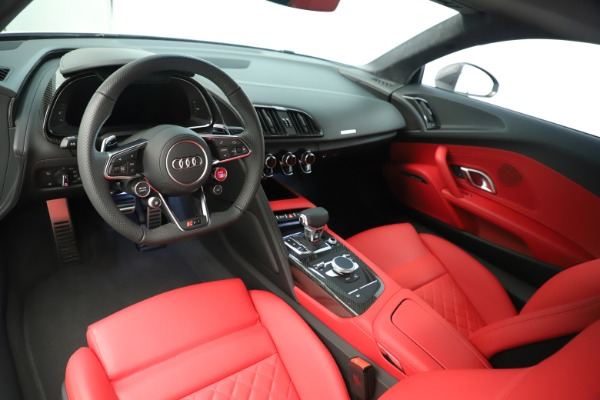 Used 2018 Audi R8 5.2 quattro V10 Plus for sale Sold at Bentley Greenwich in Greenwich CT 06830 14