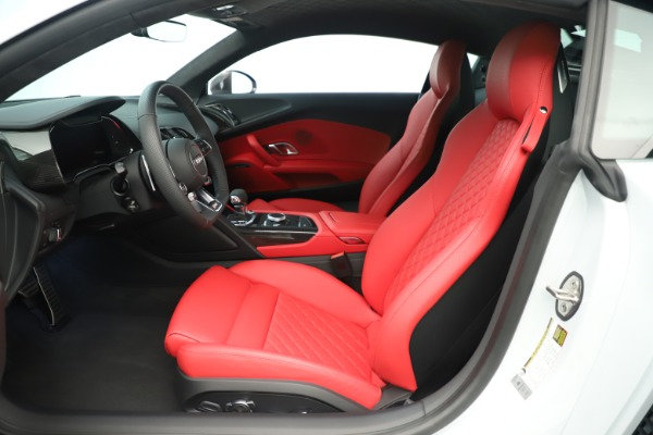 Used 2018 Audi R8 5.2 quattro V10 Plus for sale Sold at Bentley Greenwich in Greenwich CT 06830 15