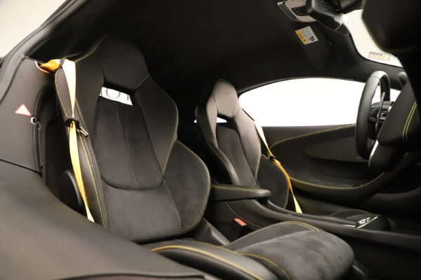 Used 2017 McLaren 570S Coupe for sale Sold at Bentley Greenwich in Greenwich CT 06830 18