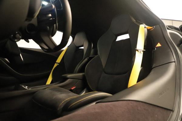 Used 2017 McLaren 570S Coupe for sale Sold at Bentley Greenwich in Greenwich CT 06830 20