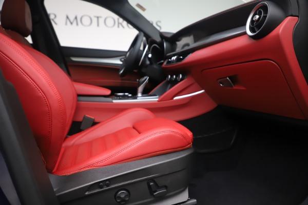 New 2019 Alfa Romeo Stelvio Ti Sport Q4 for sale $58,940 at Bentley Greenwich in Greenwich CT 06830 23