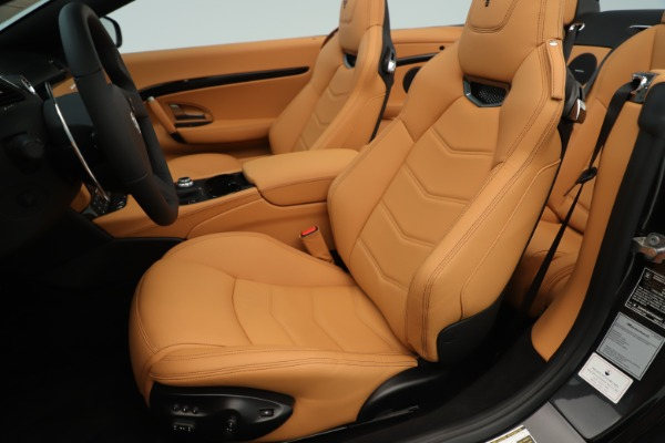 New 2019 Maserati GranTurismo Sport Convertible for sale $161,695 at Bentley Greenwich in Greenwich CT 06830 21