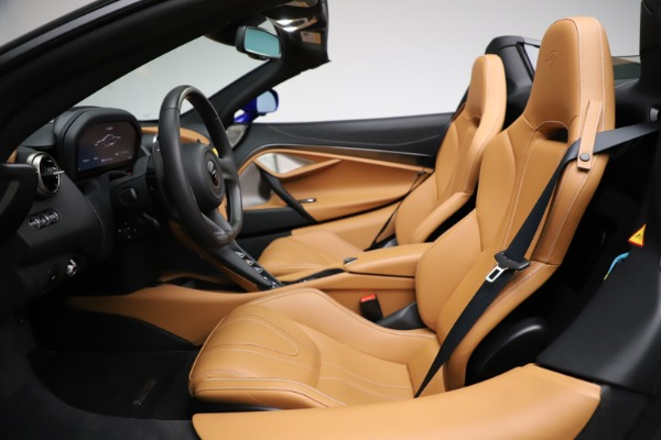 New 2020 McLaren 720S SPIDER Convertible for sale $374,830 at Bentley Greenwich in Greenwich CT 06830 23
