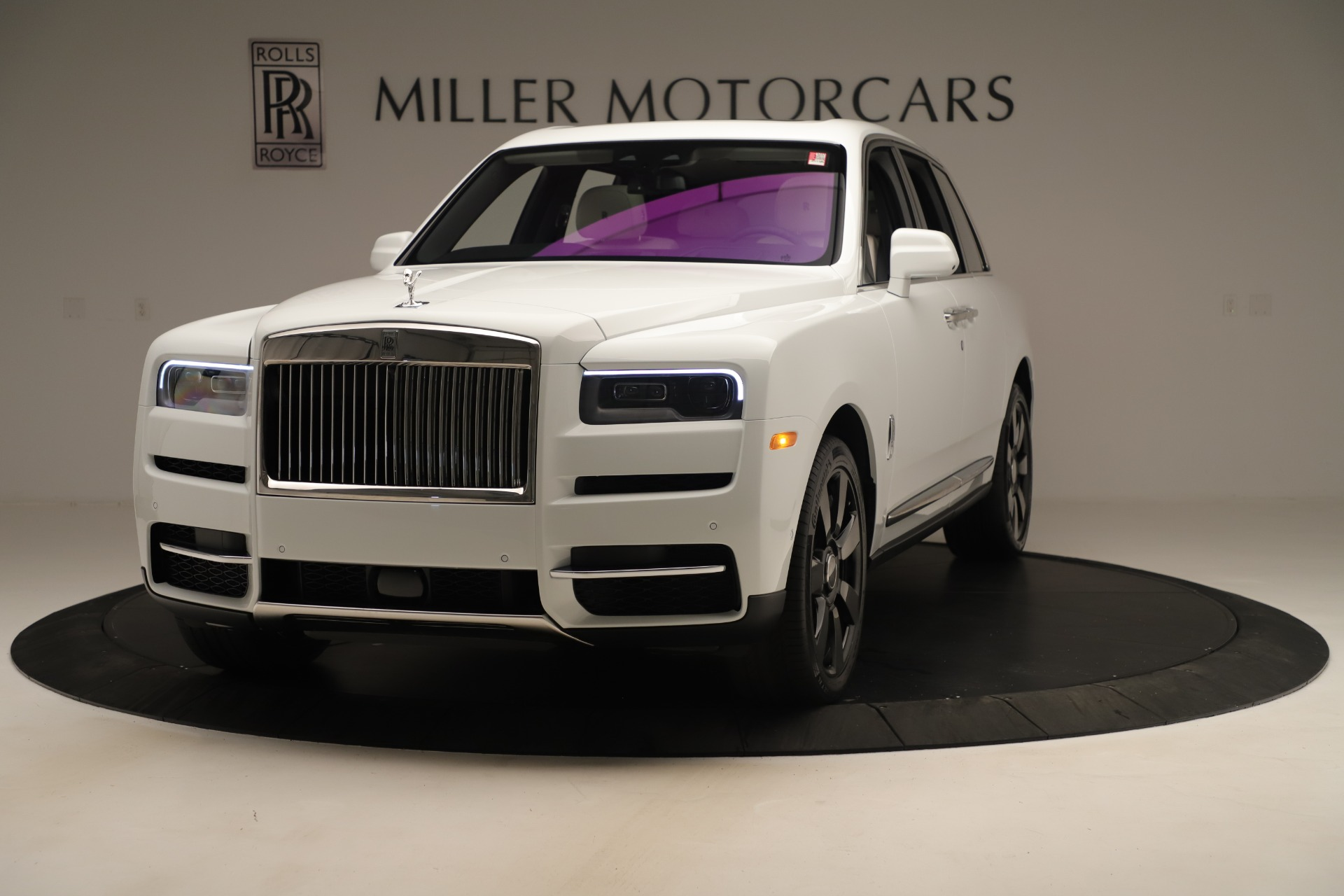 New 2019 Rolls-Royce Cullinan for sale Sold at Bentley Greenwich in Greenwich CT 06830 1