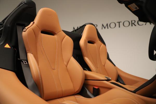 New 2020 McLaren 720S Spider for sale $372,250 at Bentley Greenwich in Greenwich CT 06830 13