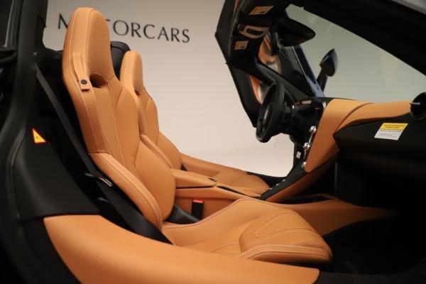 New 2020 McLaren 720S Spider for sale $372,250 at Bentley Greenwich in Greenwich CT 06830 14