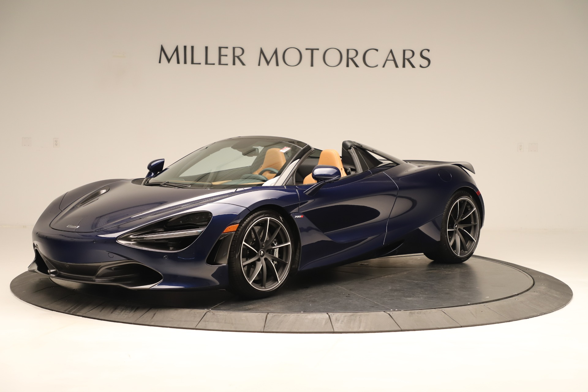 New 2020 McLaren 720S Spider Convertible for sale $372,250 at Bentley Greenwich in Greenwich CT 06830 1