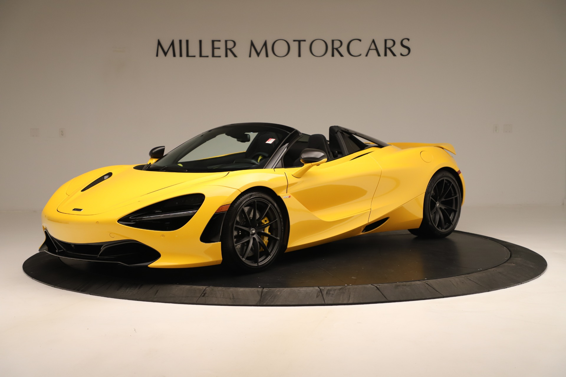 New 2020 McLaren 720S SPIDER Convertible for sale $385,690 at Bentley Greenwich in Greenwich CT 06830 1