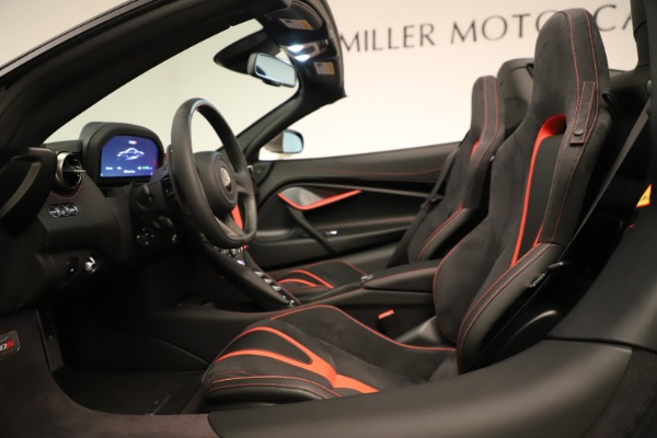 New 2020 McLaren 720S SPIDER Convertible for sale $389,940 at Bentley Greenwich in Greenwich CT 06830 27