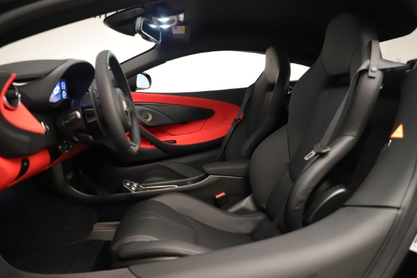 New 2019 McLaren 600LT Coupe for sale Sold at Bentley Greenwich in Greenwich CT 06830 21