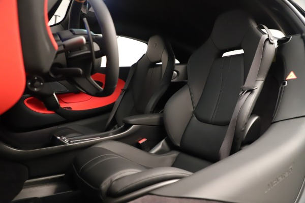 Used 2019 McLaren 600LT Luxury for sale Call for price at Bentley Greenwich in Greenwich CT 06830 22
