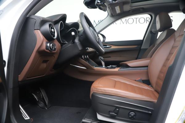 New 2019 Alfa Romeo Stelvio Ti Lusso Q4 for sale Sold at Bentley Greenwich in Greenwich CT 06830 14