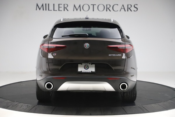 New 2019 Alfa Romeo Stelvio Ti Lusso Q4 for sale Sold at Bentley Greenwich in Greenwich CT 06830 6