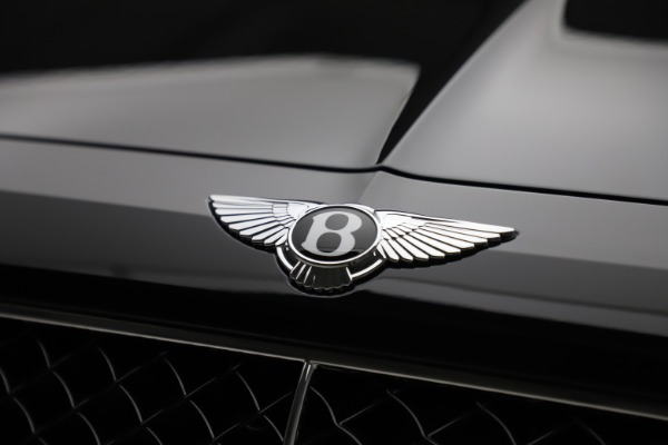 New 2020 Bentley Bentayga V8 for sale $181,250 at Bentley Greenwich in Greenwich CT 06830 14