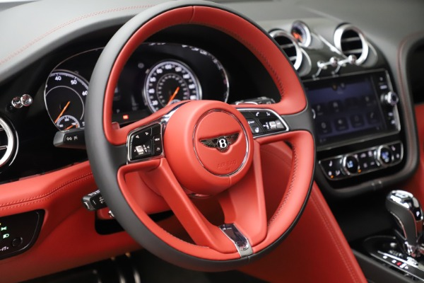 New 2020 Bentley Bentayga V8 for sale $181,250 at Bentley Greenwich in Greenwich CT 06830 21