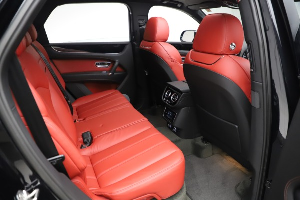 New 2020 Bentley Bentayga V8 for sale $181,250 at Bentley Greenwich in Greenwich CT 06830 28
