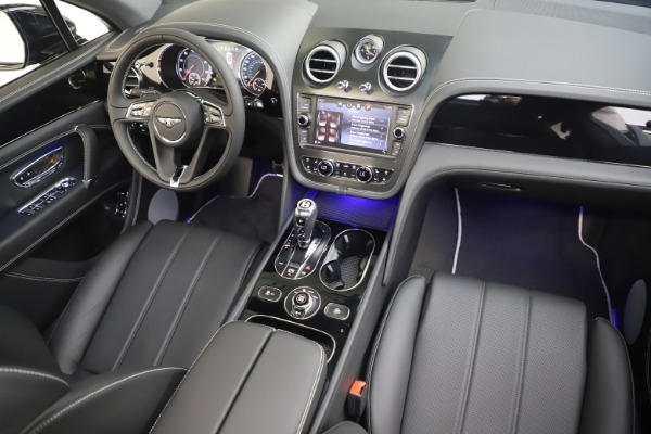 New 2020 Bentley Bentayga V8 for sale Sold at Bentley Greenwich in Greenwich CT 06830 23