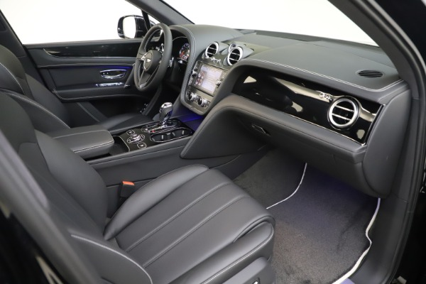 New 2020 Bentley Bentayga V8 for sale Sold at Bentley Greenwich in Greenwich CT 06830 27