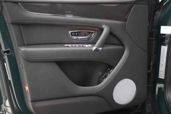New 2020 Bentley Bentayga V8 Design Series for sale $223,015 at Bentley Greenwich in Greenwich CT 06830 16
