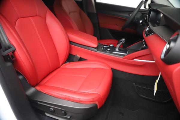 New 2019 Alfa Romeo Stelvio Ti Q4 for sale Sold at Bentley Greenwich in Greenwich CT 06830 24