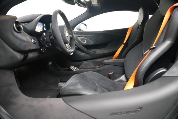 New 2019 McLaren 600LT Coupe for sale $311,619 at Bentley Greenwich in Greenwich CT 06830 19