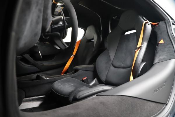 New 2019 McLaren 600LT for sale $311,619 at Bentley Greenwich in Greenwich CT 06830 20