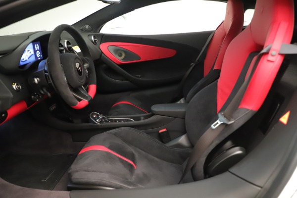 New 2020 McLaren 570S Coupe for sale $215,600 at Bentley Greenwich in Greenwich CT 06830 17