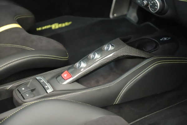 Used 2018 Ferrari 488 Spider for sale $289,900 at Bentley Greenwich in Greenwich CT 06830 27