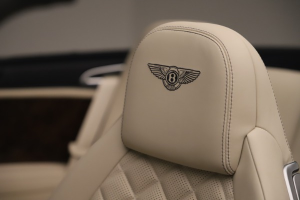Used 2016 Bentley Continental GTC W12 for sale Sold at Bentley Greenwich in Greenwich CT 06830 26