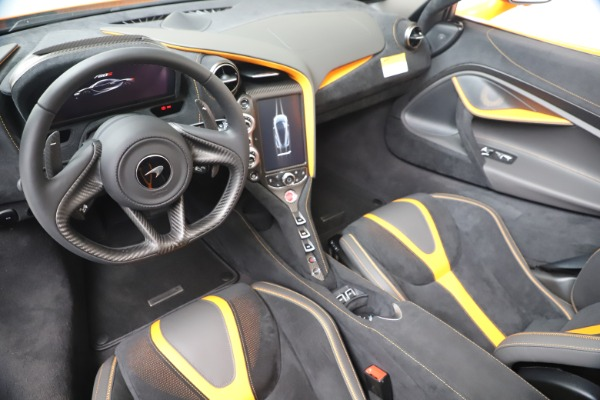 New 2020 McLaren 720S Spider Performance for sale $374,440 at Bentley Greenwich in Greenwich CT 06830 23