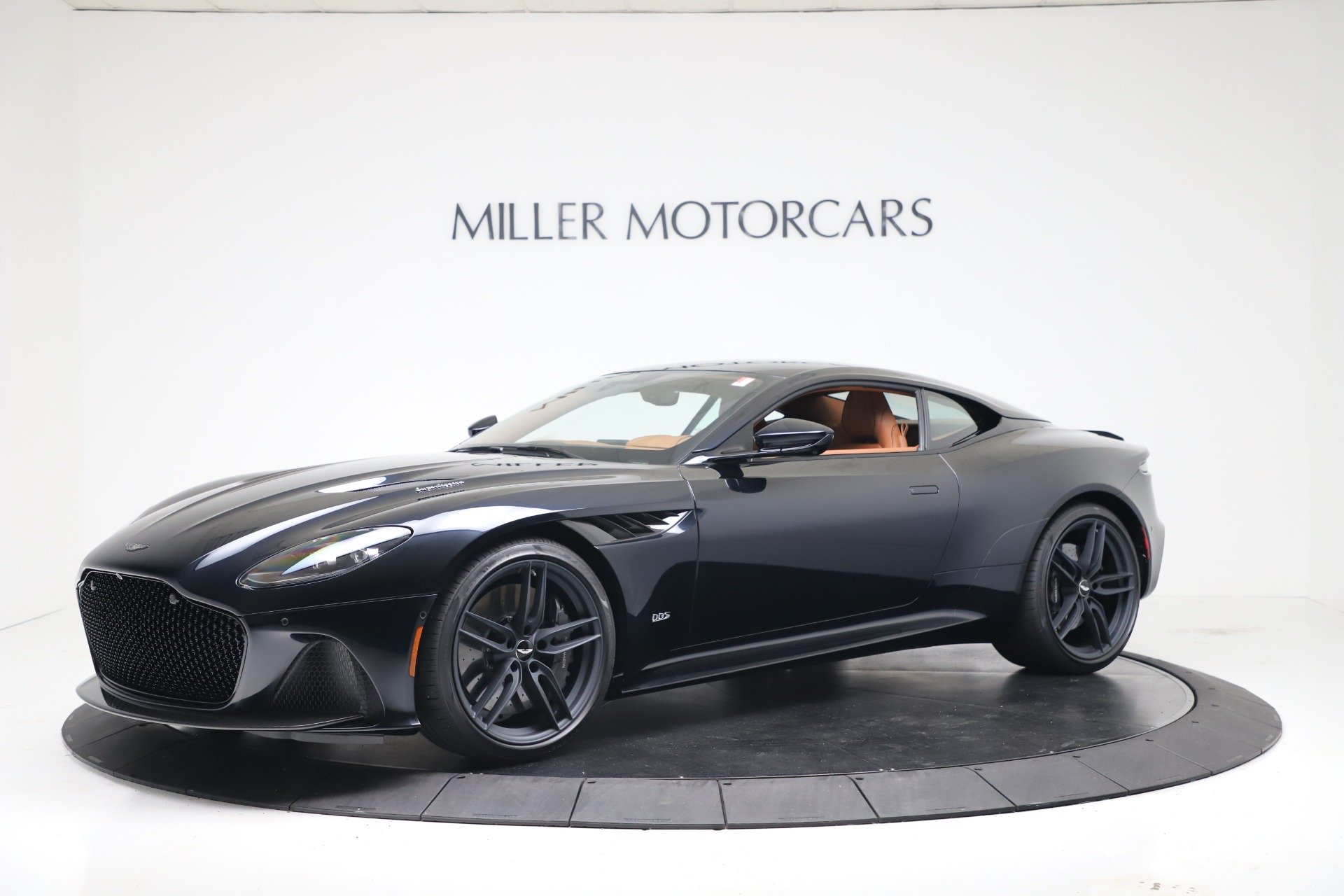 New 2020 Aston Martin DBS Superleggera Coupe for sale $371,006 at Bentley Greenwich in Greenwich CT 06830 1