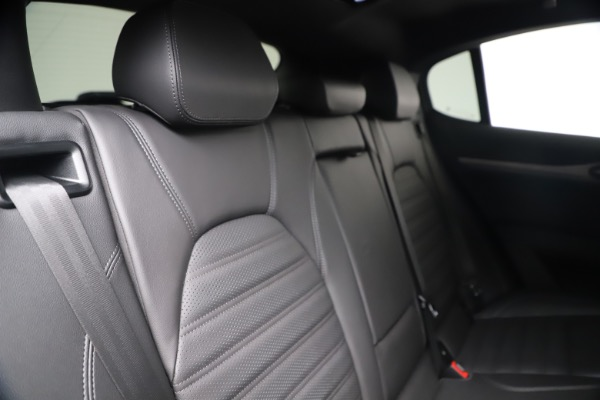New 2019 Alfa Romeo Stelvio Ti Sport Q4 for sale Sold at Bentley Greenwich in Greenwich CT 06830 26