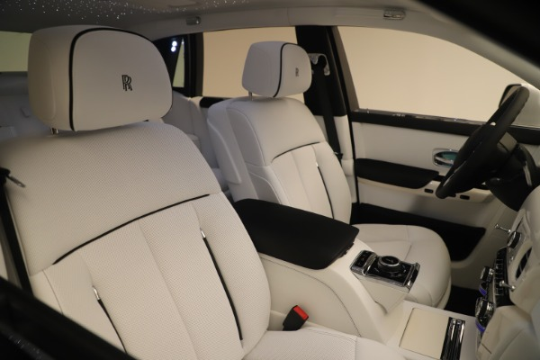 New 2020 Rolls-Royce Phantom for sale $545,200 at Bentley Greenwich in Greenwich CT 06830 28