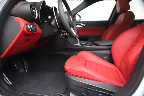 New 2019 Alfa Romeo Giulia Ti Sport Carbon Q4 for sale Sold at Bentley Greenwich in Greenwich CT 06830 14