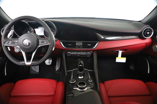 New 2019 Alfa Romeo Giulia Ti Sport Carbon Q4 for sale Sold at Bentley Greenwich in Greenwich CT 06830 16