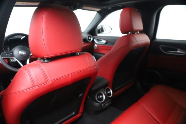 New 2019 Alfa Romeo Giulia Ti Sport Carbon Q4 for sale Sold at Bentley Greenwich in Greenwich CT 06830 20