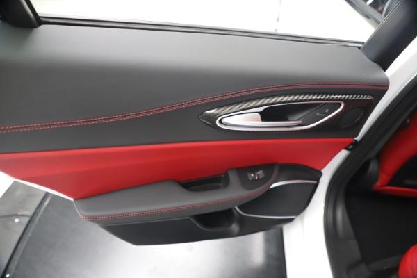 New 2019 Alfa Romeo Giulia Ti Sport Carbon Q4 for sale Sold at Bentley Greenwich in Greenwich CT 06830 21